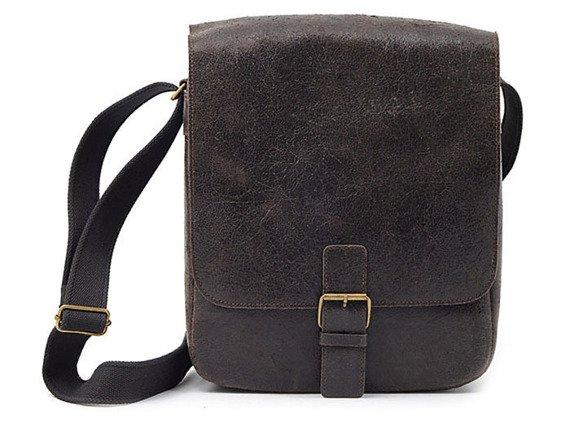 DAAG Jazzy Wanted 9 ciemnobrązowa torba skórzana unisex listonoszka przez ramię