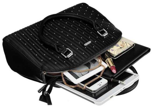 Pikowany kuferek czarny David Jones CM5455 BLACK