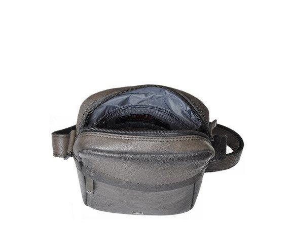 Skórzana listonoszka unisex Daag Shaker 26 czarna