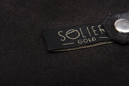 Skórzane etui na klucze SOLIER SA11 ciemnobrązowe