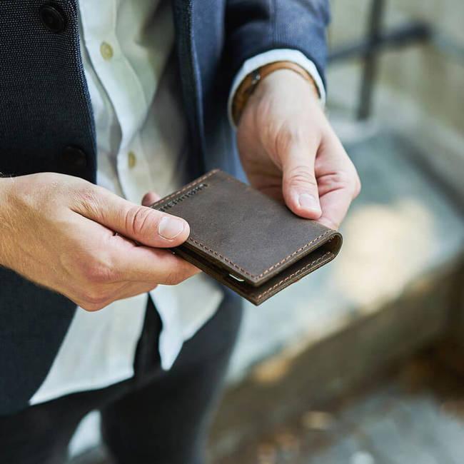 Skórzany cienki portfel slim wallet BRODRENE SW03 ciemnobrązowy