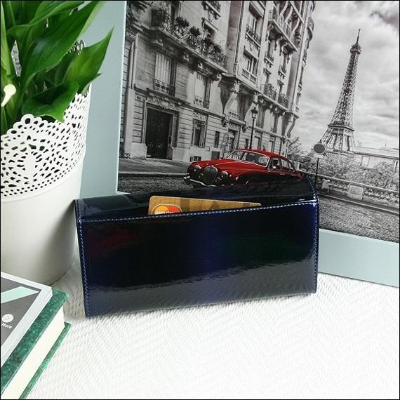 Skórzany lakierowany portfel damski granatowy Paris Design 72401
