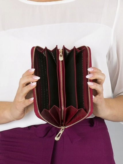 Skórzany portfel damski czerwony RFID Rovicky