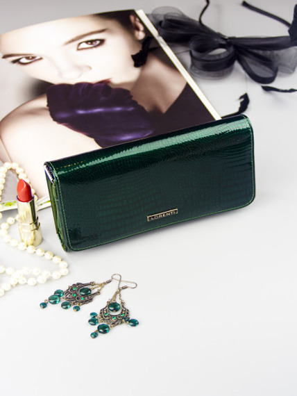 Skórzany portfel damski lakierowany zielony Lorenti 1077